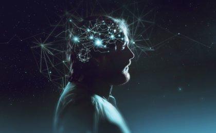 imagem representativa de alguem com a mente aberta para os estudos
